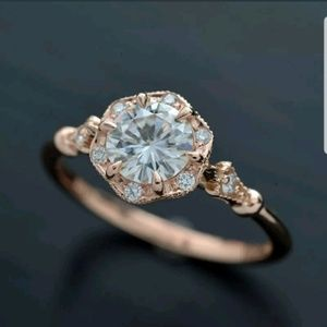 New gorgeous ring rose gold filled white sapphire